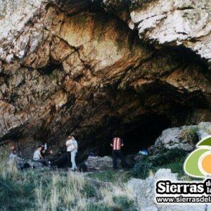 Cueva de los Guanacos