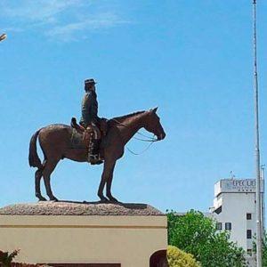 Monumento a Nicolás Levalle en Carhué